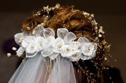 Hochzeitsfrisuren, Braut- und Hochsteckfrisuren